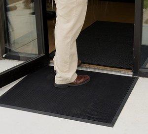Brush Tip Floor Mat